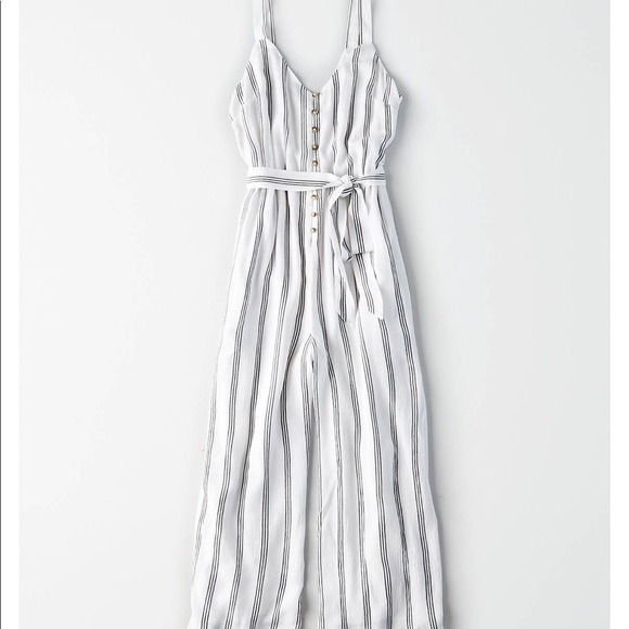 160eb772638 American eagle XS white and black striped jumpsuit